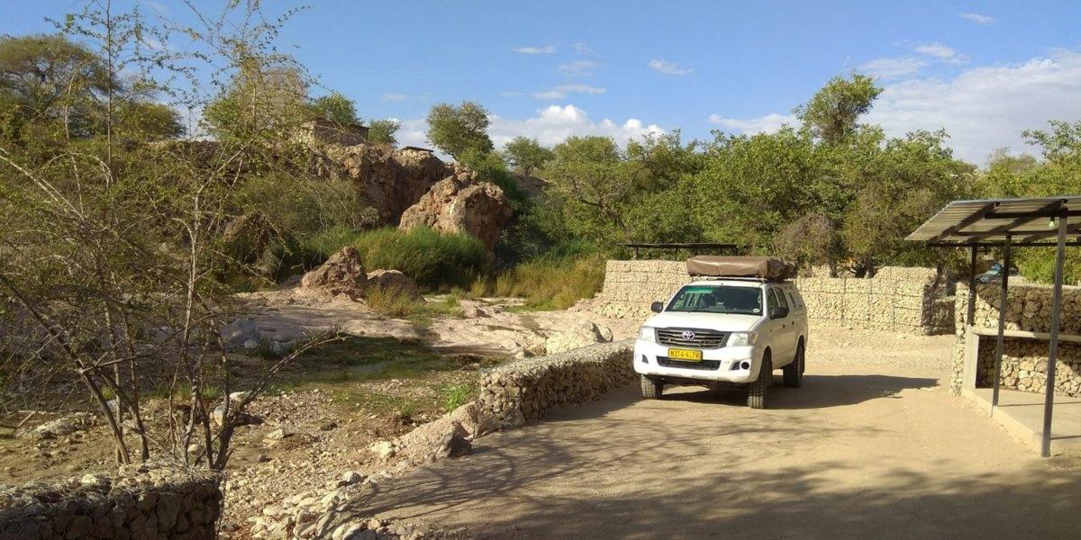 חניון לילה לרכב בנמיביה
