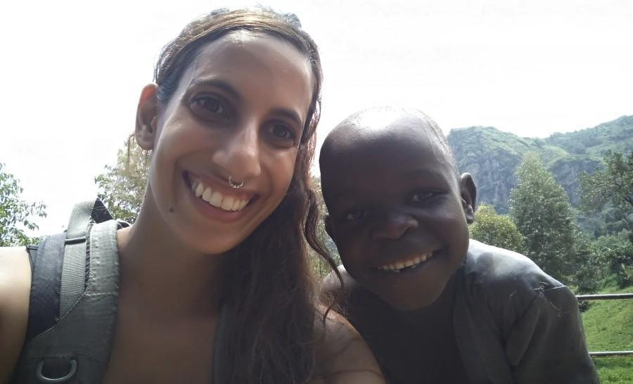ילד אוגנדי בטיול לאוגנדה