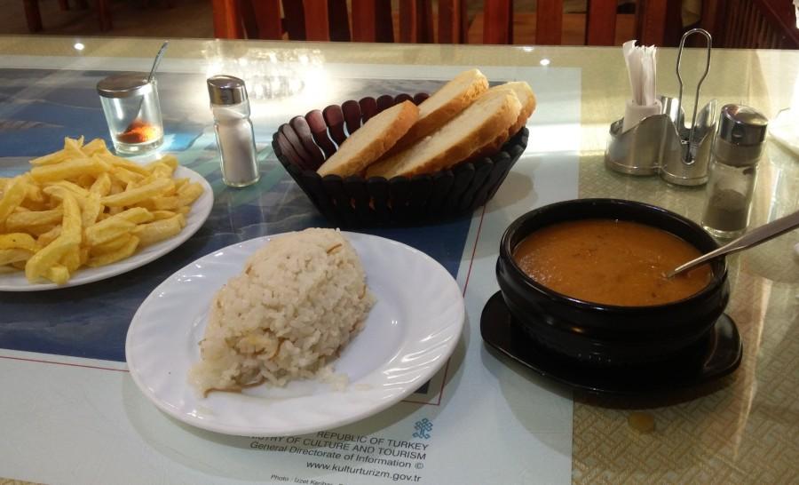 אוכל טבעוני בעיר אולגי במונגוליה