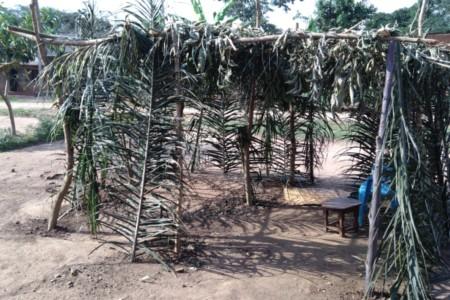 סוכות בשבט אביודאיה באוגנדה