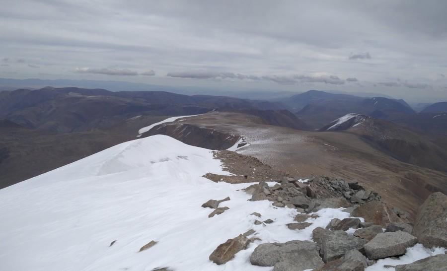 הנוף מהפסגה בשמורת הטאבן בוגד