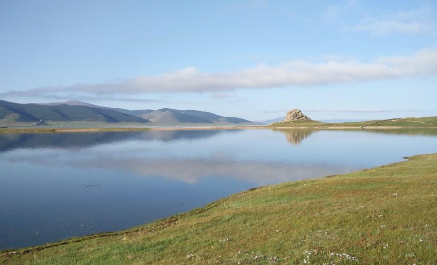 האגם הלבן במרכז מונגוליה