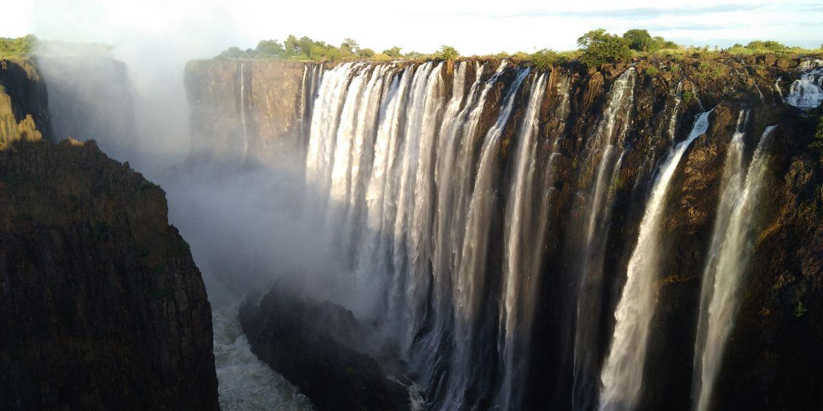 מפלי ויקטוריה בזמביה